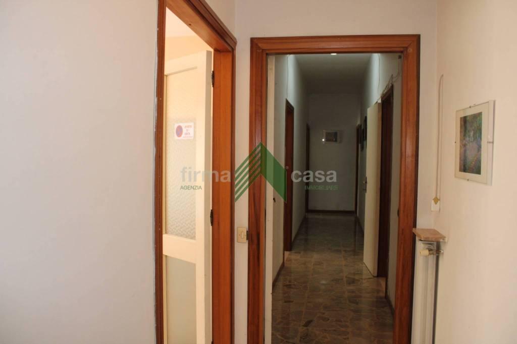 Appartamento centralissimo con posto auto, foto 5