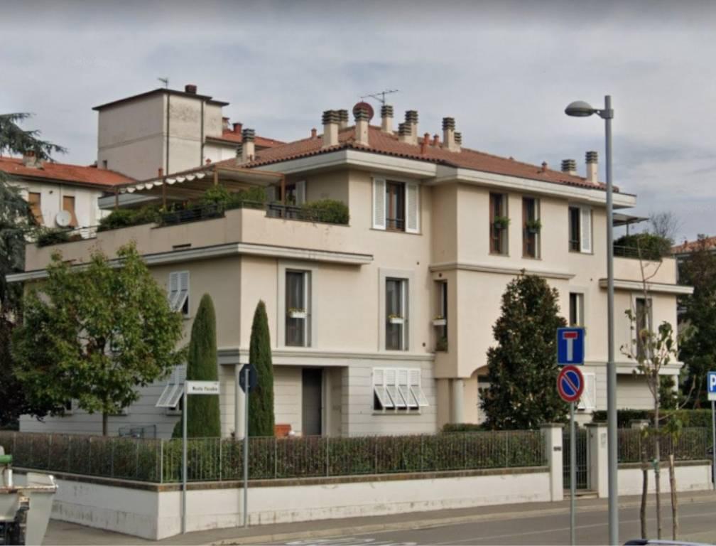 Appartamento in vendita a Montevarchi, 6 locali, prezzo € 260.000 | CambioCasa.it