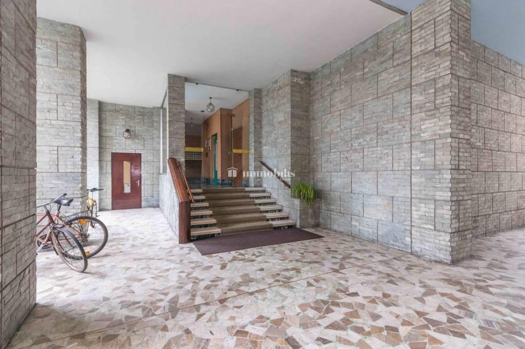 Appartamento in vendita a Collegno, 3 locali, prezzo € 139.000   CambioCasa.it