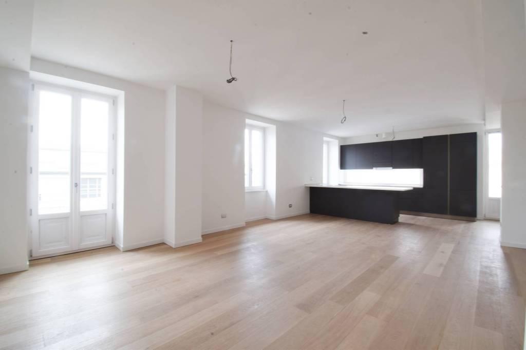 Appartamento in affitto a Milano, 4 locali, zona Zona: 10 . P.ta Genova, Romolo, Solari, Savona, Tortona, prezzo € 3.750 | CambioCasa.it
