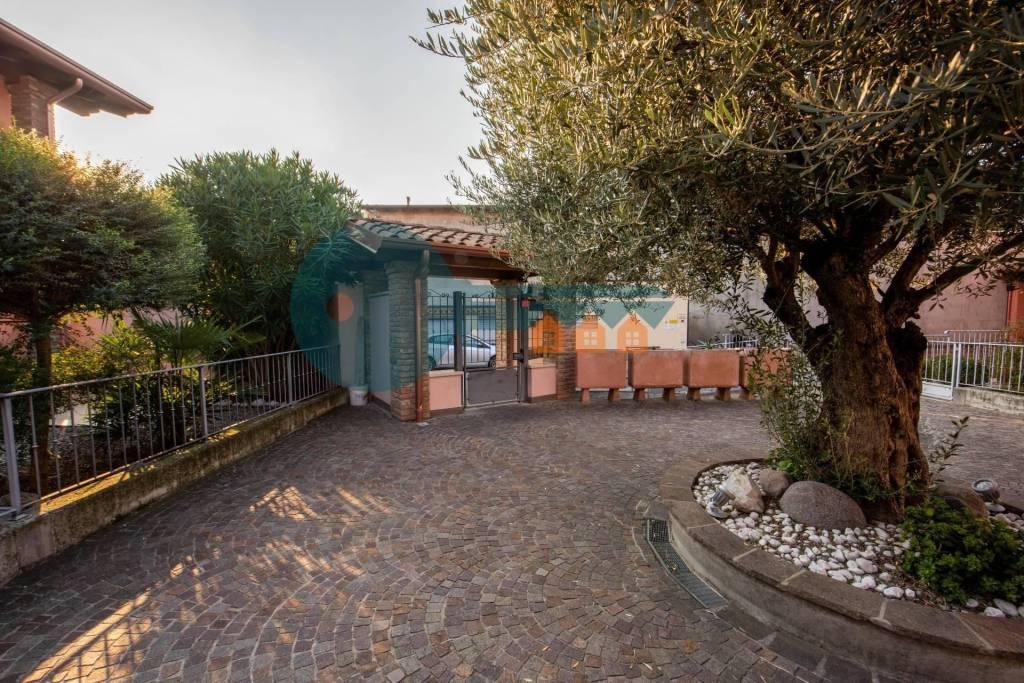 Villa a Schiera in vendita a Pavone del Mella, 4 locali, prezzo € 175.000 | PortaleAgenzieImmobiliari.it