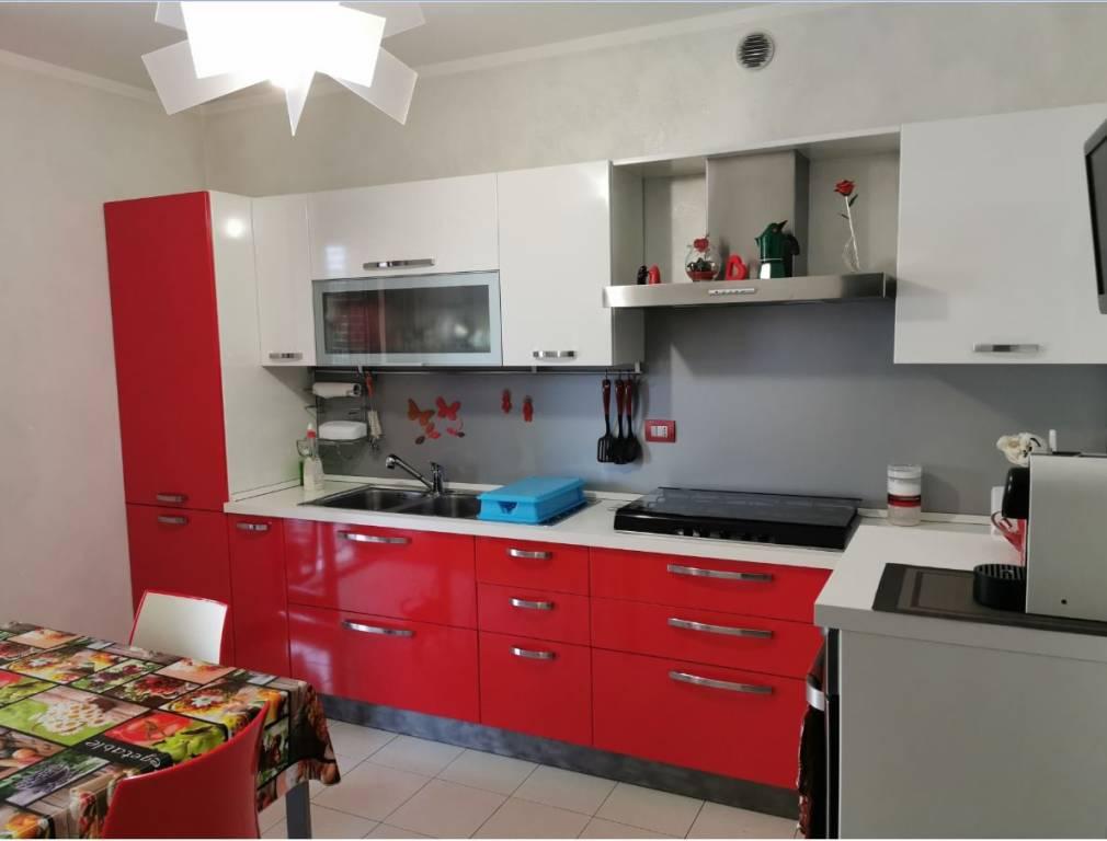 Appartamento in vendita a Fossano, 4 locali, prezzo € 165.000   CambioCasa.it