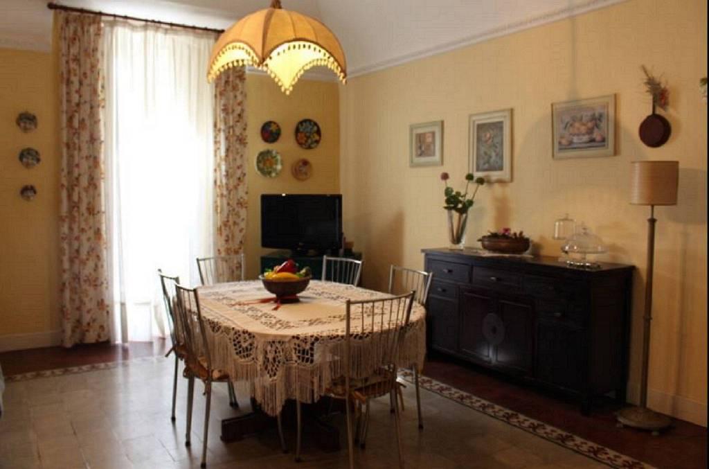 Appartamento in Vendita a Catania Centro: 5 locali, 150 mq