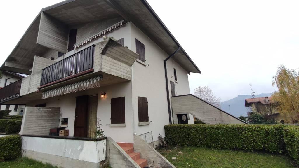 Appartamento in vendita a Aviatico, 3 locali, prezzo € 85.000   PortaleAgenzieImmobiliari.it