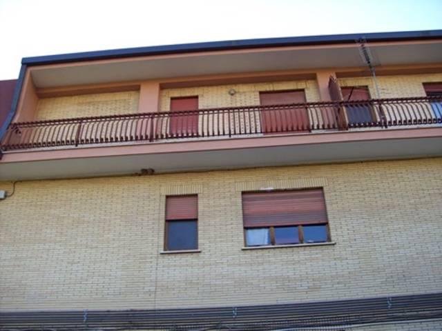 Veroli (Giglio) appartamento con box auto