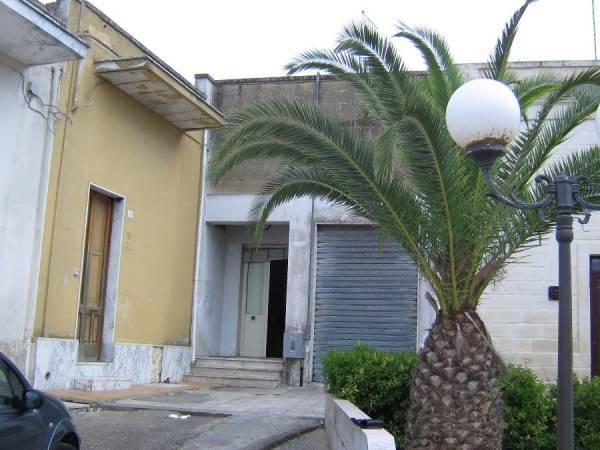 Appartamento in vendita a Lizzanello, 9999 locali, prezzo € 95.000 | CambioCasa.it