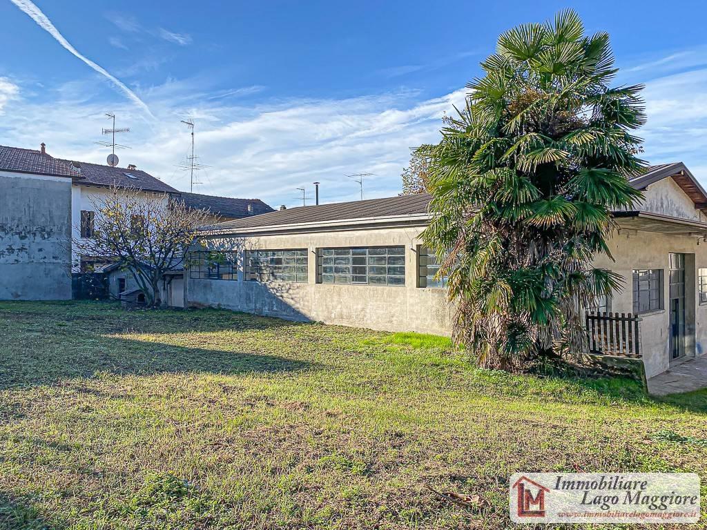 Capannone in affitto a Taino, 2 locali, prezzo € 800 | PortaleAgenzieImmobiliari.it