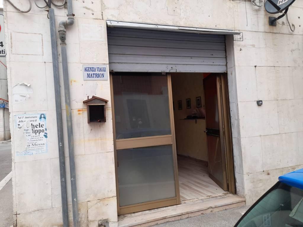 Negozio-locale in Vendita a Foggia Centro: 1 locali, 28 mq