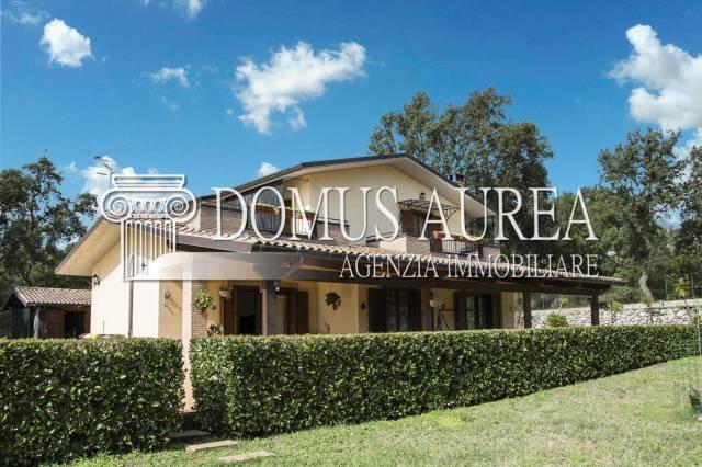 Villa in ottime condizioni in vendita Rif. 7176798