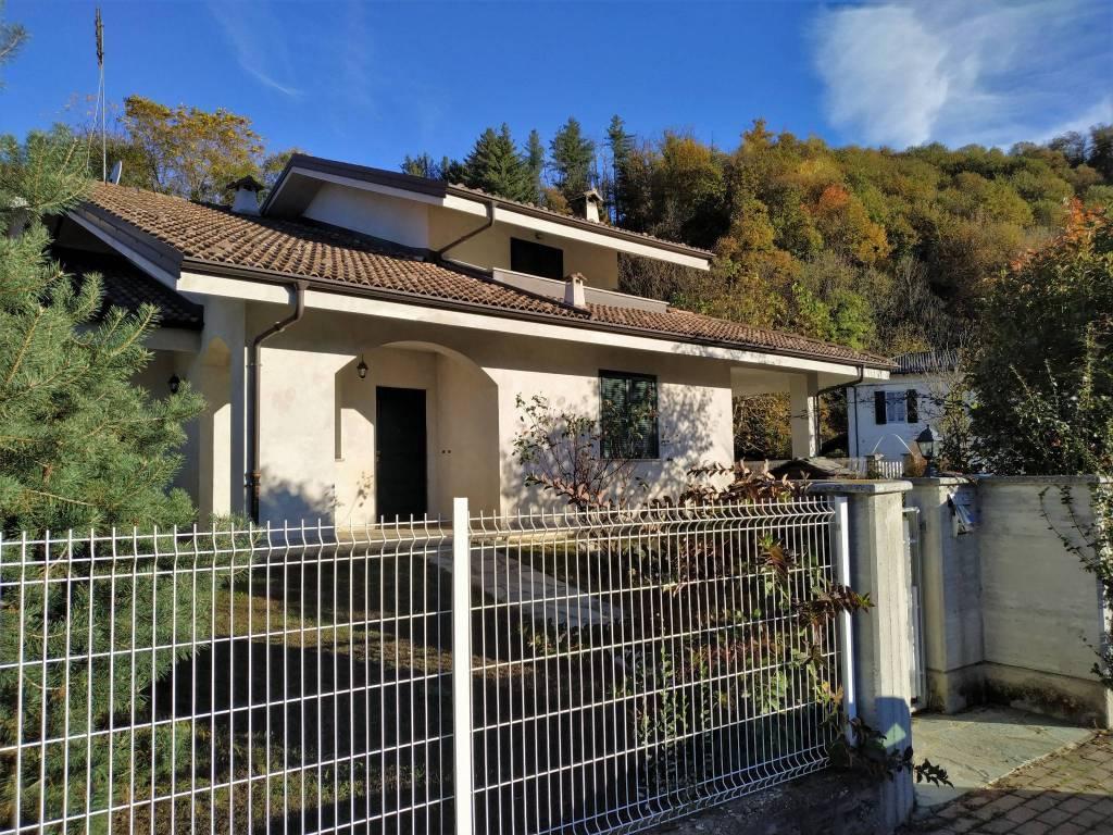 Villa in vendita a Bernezzo, 7 locali, prezzo € 340.000 | PortaleAgenzieImmobiliari.it