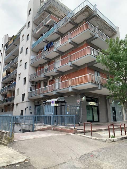 Appartamento in Affitto a Foggia Semicentro: 2 locali, 55 mq