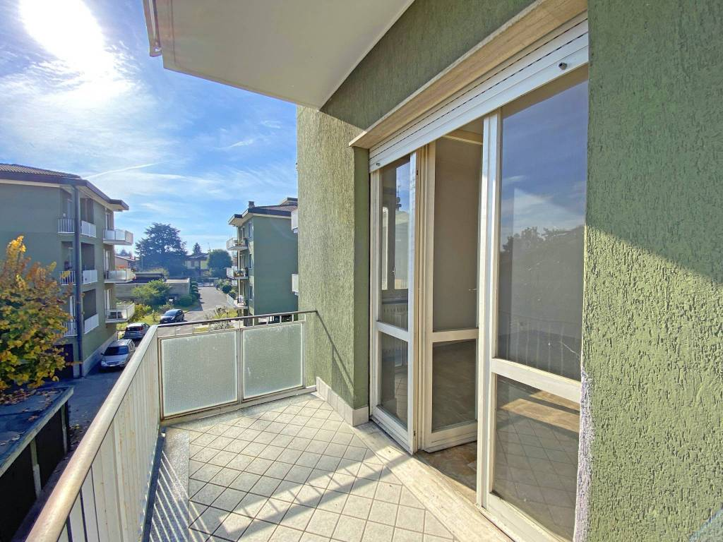 Appartamento in vendita a Pozzuolo Martesana, 3 locali, prezzo € 120.000   CambioCasa.it