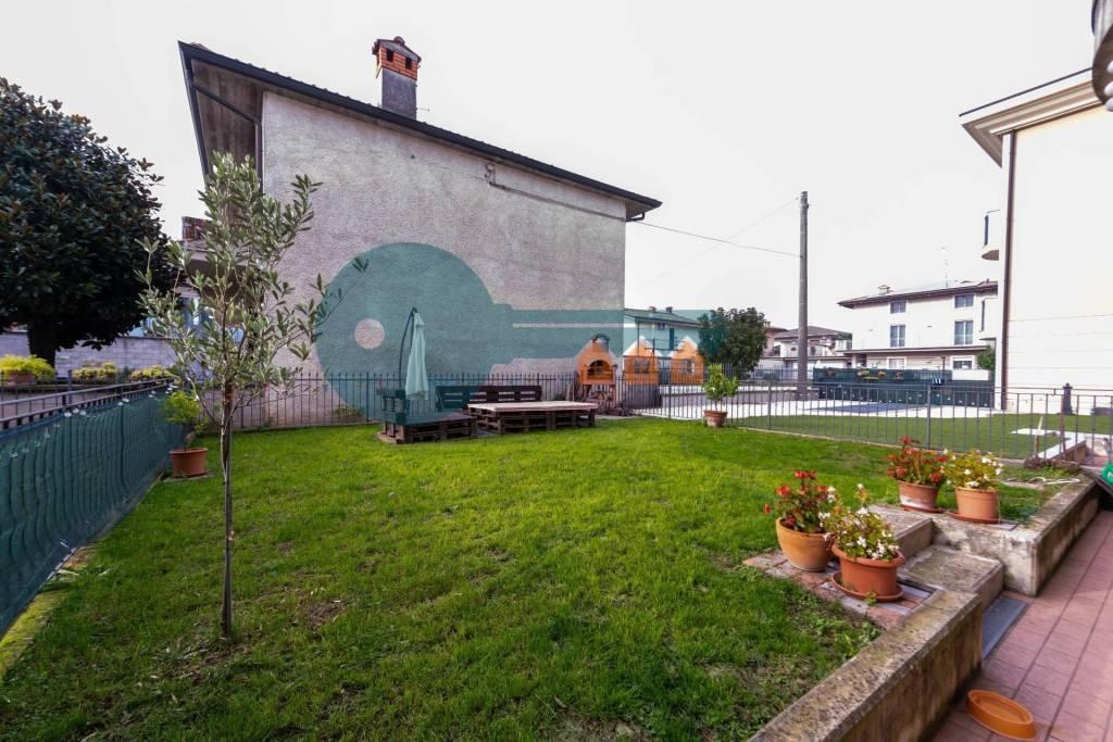 Appartamento in vendita a Travagliato, 3 locali, prezzo € 149.000 | PortaleAgenzieImmobiliari.it