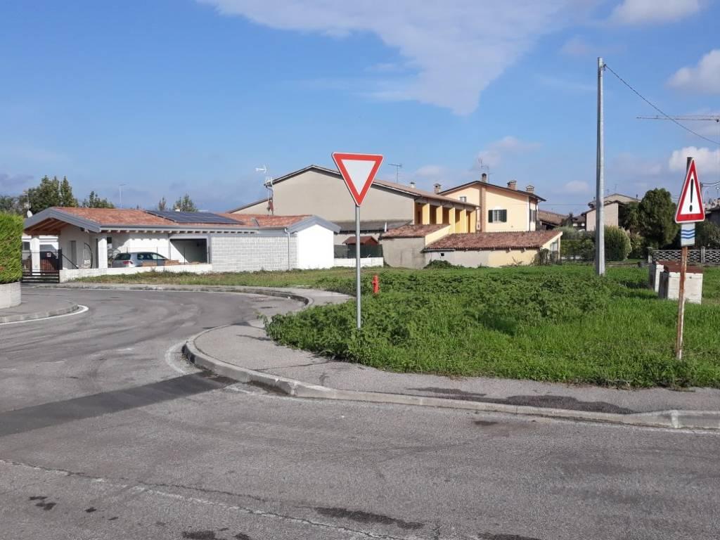 Terreno Edificabile Residenziale in vendita a Calvisano, 9999 locali, prezzo € 40.000   PortaleAgenzieImmobiliari.it