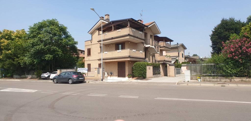 Attico / Mansarda in vendita a Garbagnate Milanese, 3 locali, prezzo € 245.000 | PortaleAgenzieImmobiliari.it