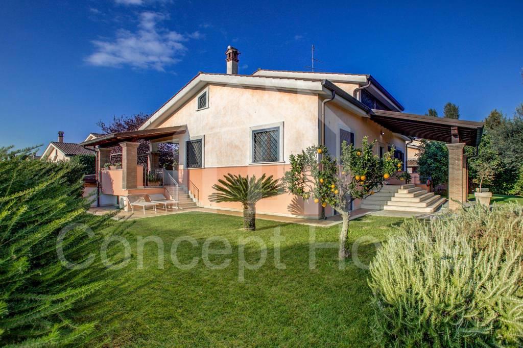 Villa in vendita a Roma, 5 locali, prezzo € 599.000 | CambioCasa.it