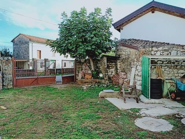 Rustico / Casale da ristrutturare in vendita Rif. 6647750