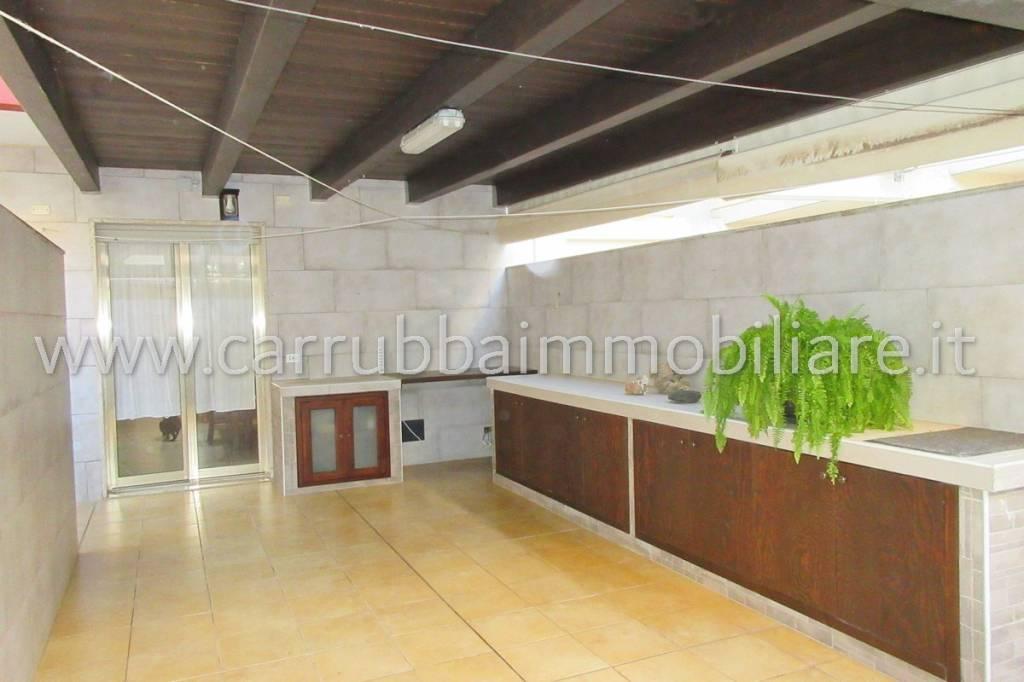 Appartamento in Vendita a Pozzallo Centro: 4 locali, 130 mq