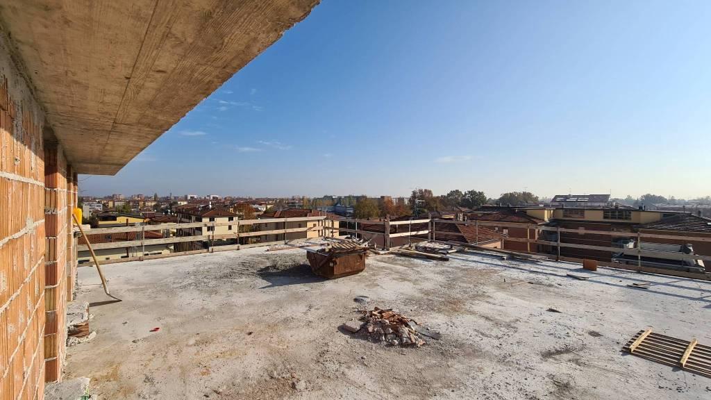 Attico / Mansarda in vendita a Modena, 6 locali, Trattative riservate | PortaleAgenzieImmobiliari.it