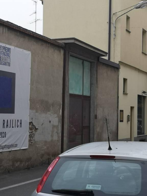 Magazzino in Vendita a Nova Milanese