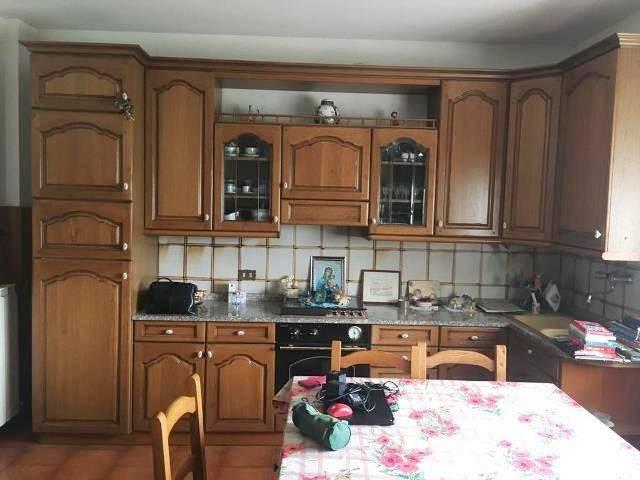 Appartamento in Affitto a Magione: 2 locali, 60 mq
