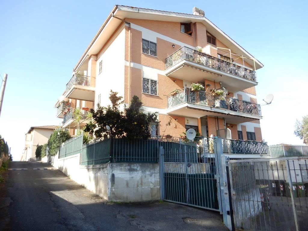 Appartamento in vendita a Monterotondo, 1 locali, prezzo € 69.000   CambioCasa.it