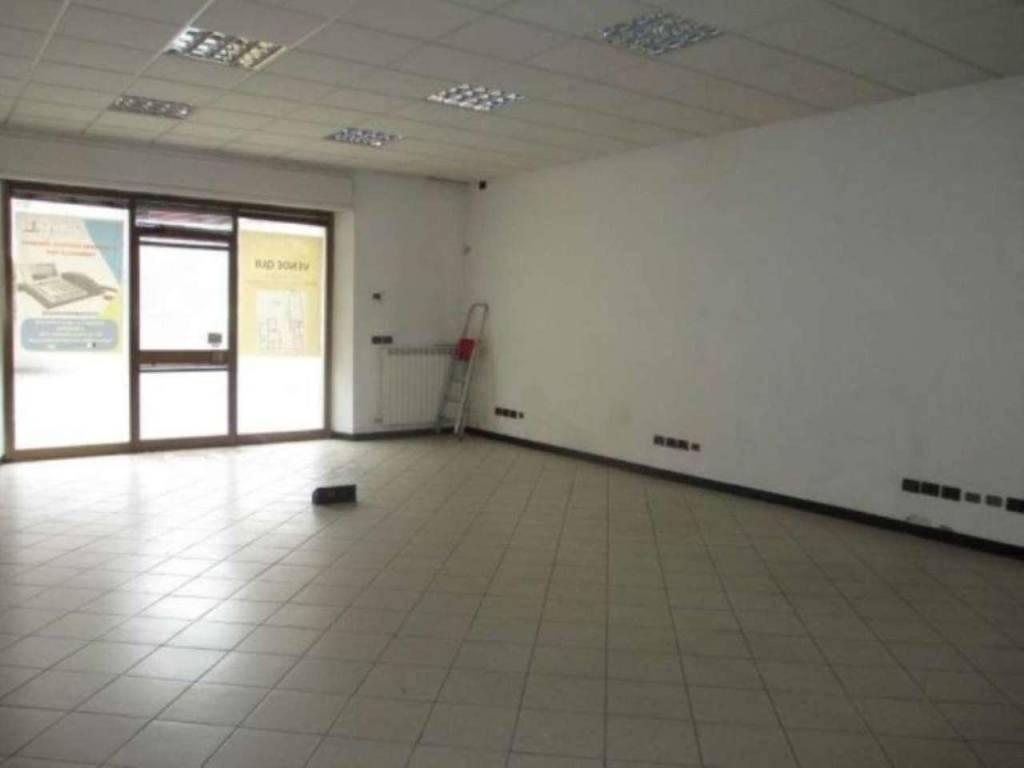 Negozio / Locale in vendita a Genivolta, 6 locali, prezzo € 90.000 | CambioCasa.it