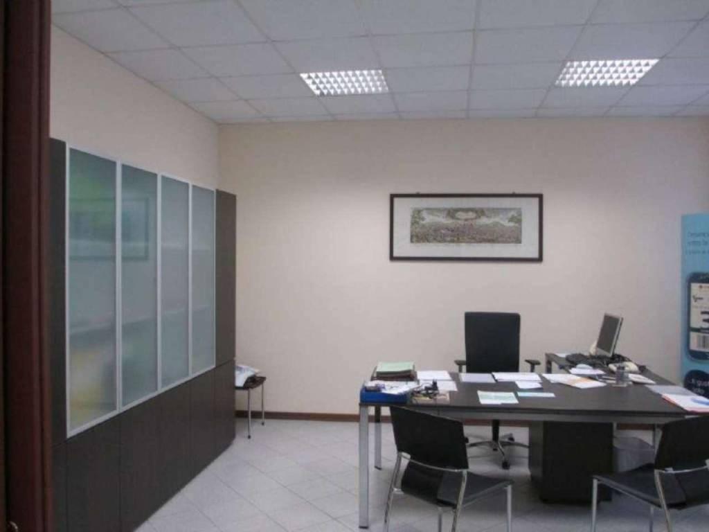 Ufficio / Studio in vendita a Soresina, 4 locali, prezzo € 500   CambioCasa.it