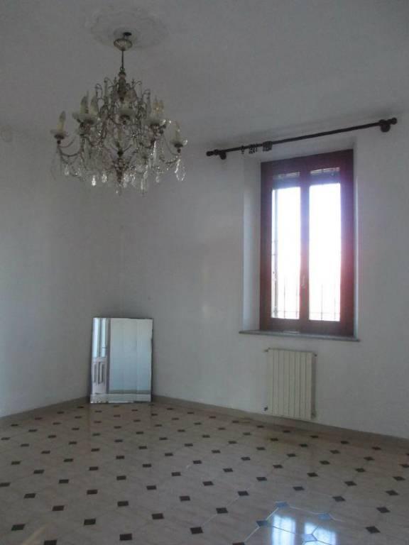 Villa in vendita a Castelleone, 5 locali, prezzo € 250.000 | CambioCasa.it