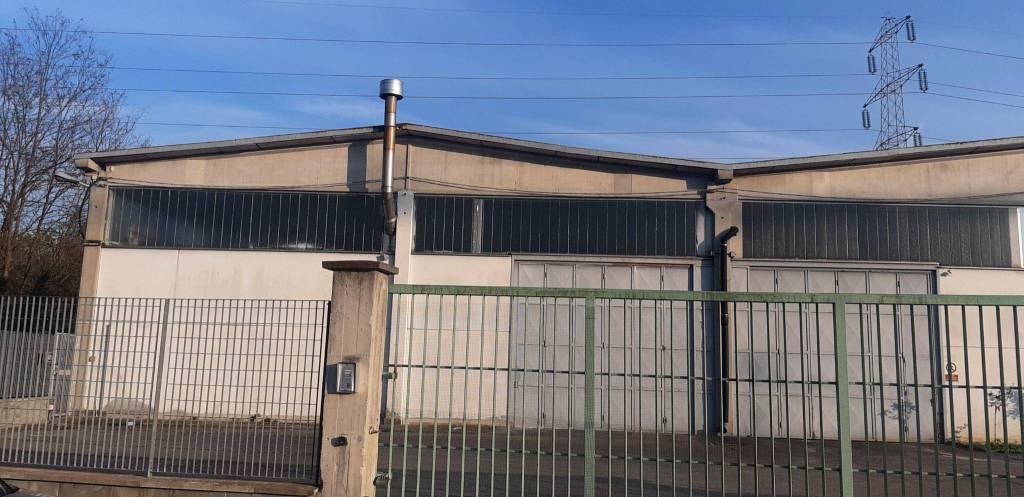 Capannone in affitto a Lombardore, 9999 locali, prezzo € 2.200   CambioCasa.it