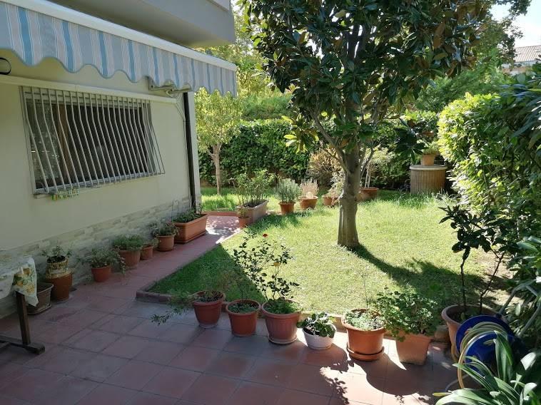 Appartamento in vendita a Francavilla al Mare, 6 locali, prezzo € 230.000 | CambioCasa.it