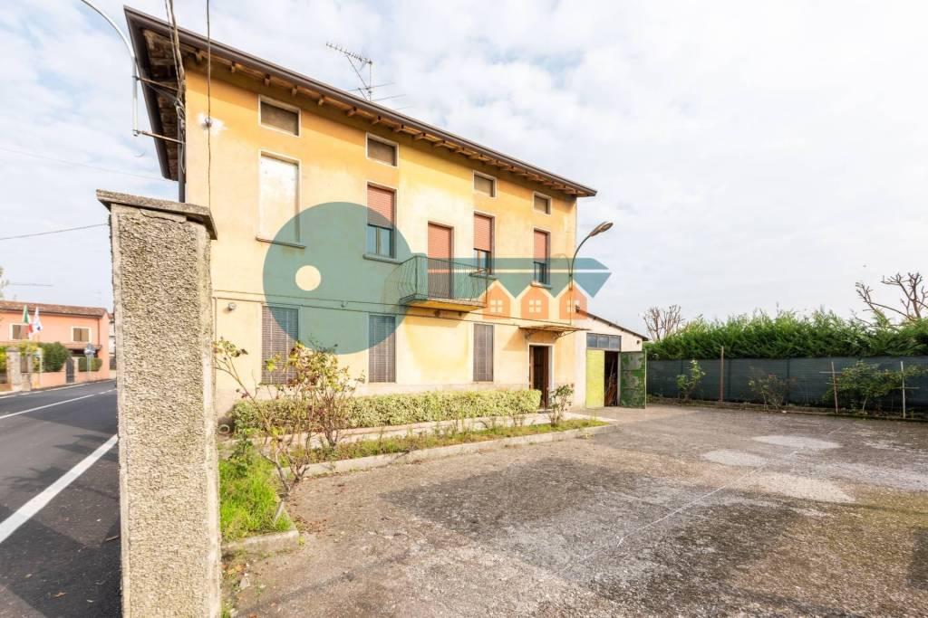 Soluzione Indipendente in vendita a Calvisano, 4 locali, prezzo € 65.000 | PortaleAgenzieImmobiliari.it