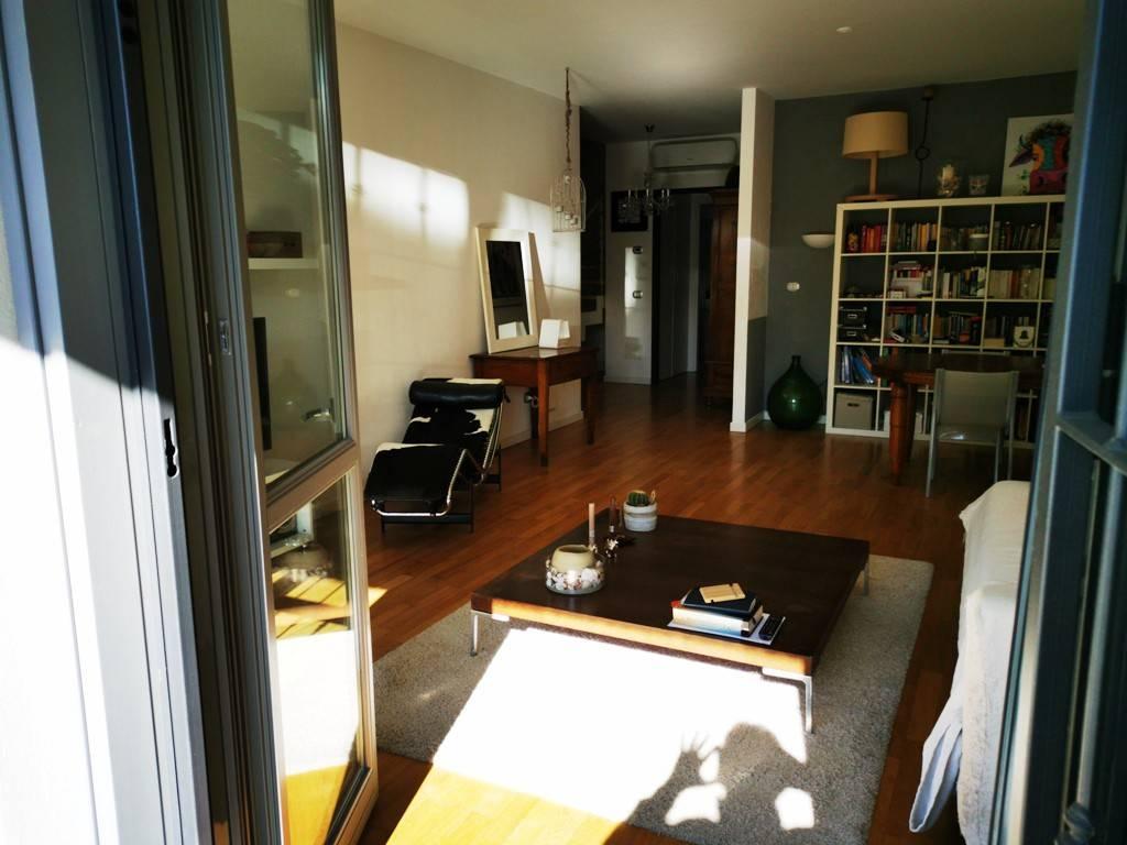 Appartamento in vendita a Peschiera Borromeo, 4 locali, prezzo € 390.000   CambioCasa.it
