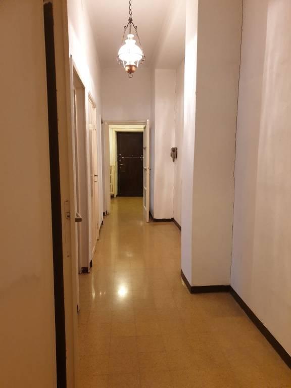 Appartamento in vendita a Milano, 2 locali, prezzo € 450.000   CambioCasa.it