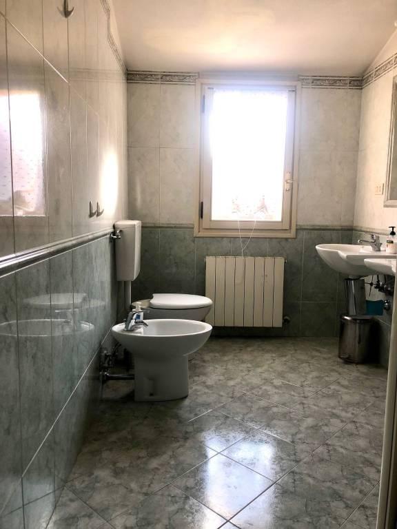 INDIPENDENZA ALTA PRESSI - VIA GALLIERA - APPARTAMENTO - Bologna