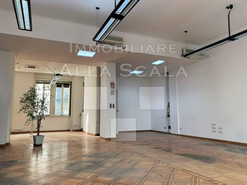 Ufficio / Studio in affitto a Milano, 6 locali, zona Zona: 1 . Centro Storico, Duomo, Brera, Cadorna, Cattolica, prezzo € 14.165 | CambioCasa.it