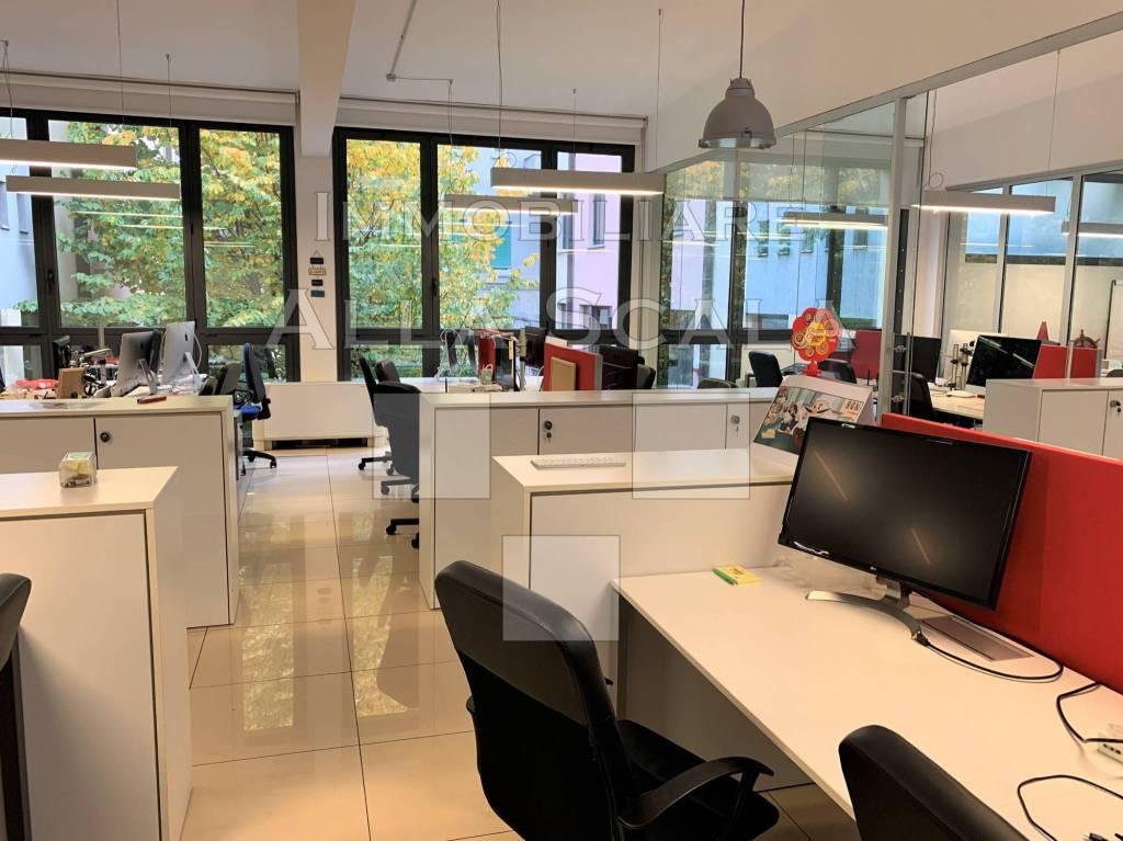 Ufficio / Studio in affitto a Milano, 4 locali, zona Zona: 1 . Centro Storico, Duomo, Brera, Cadorna, Cattolica, prezzo € 3.583 | CambioCasa.it