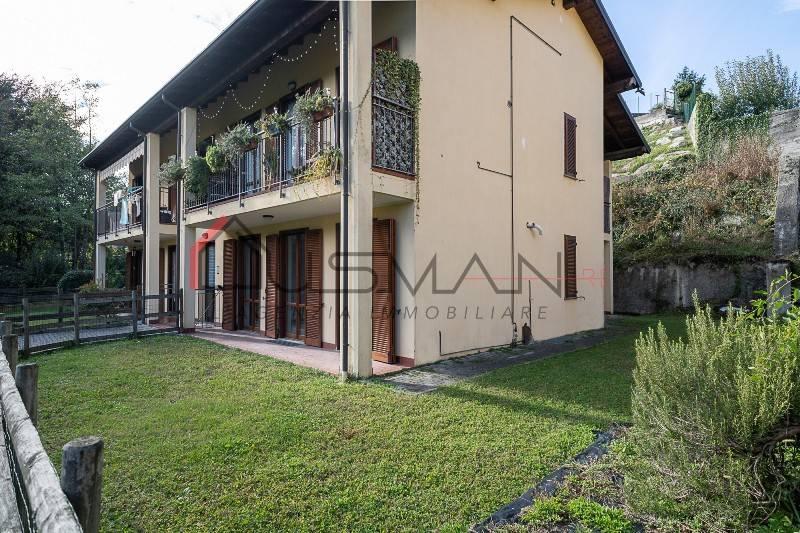 Appartamento in vendita a Taino, 3 locali, prezzo € 149.000 | CambioCasa.it