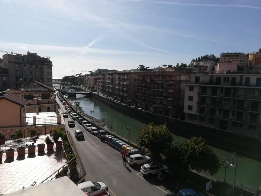 Appartamento in vendita a Rapallo, 4 locali, prezzo € 380.000 | PortaleAgenzieImmobiliari.it