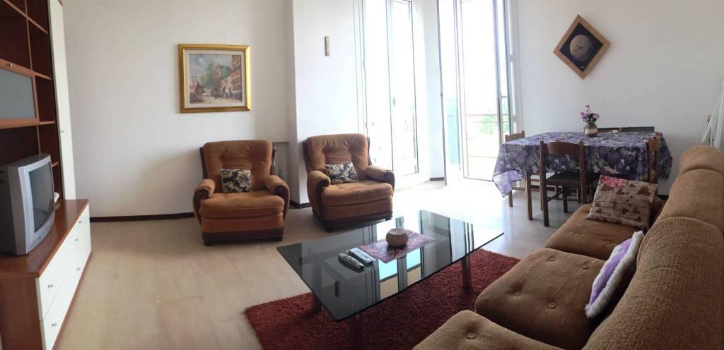 Appartamento in vendita a Castellanza, 3 locali, prezzo € 115.000 | CambioCasa.it