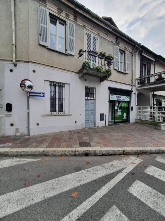 Negozio / Locale in affitto a Seregno, 1 locali, prezzo € 390 | CambioCasa.it