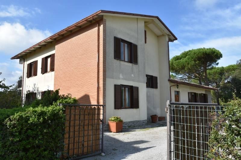 Casa indipendente in Vendita a Citta' Della Pieve:  5 locali, 350 mq  - Foto 1
