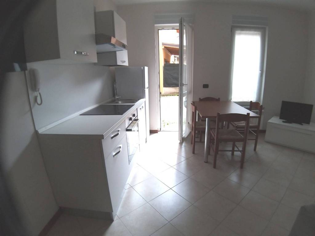 Appartamento in affitto a Arcisate, 1 locali, prezzo € 500 | PortaleAgenzieImmobiliari.it