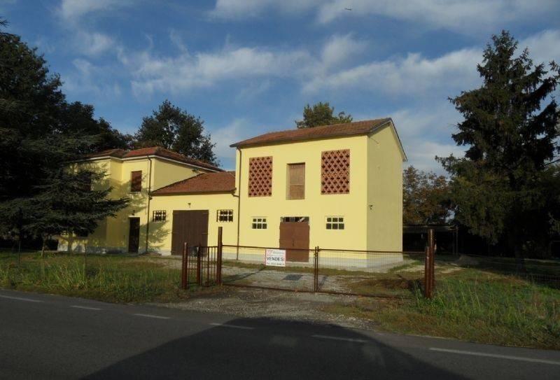 Foto 1 di Rustico / Casale via Adriatica, Portomaggiore