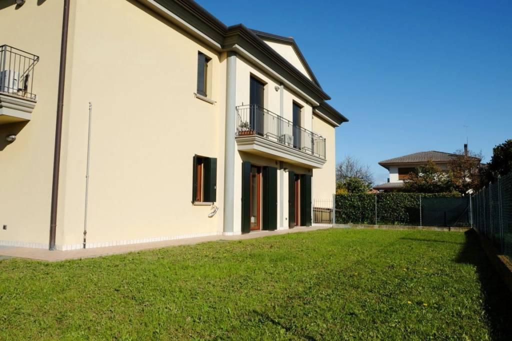 Appartamento in vendita a Maserada sul Piave, 5 locali, prezzo € 270.000 | CambioCasa.it