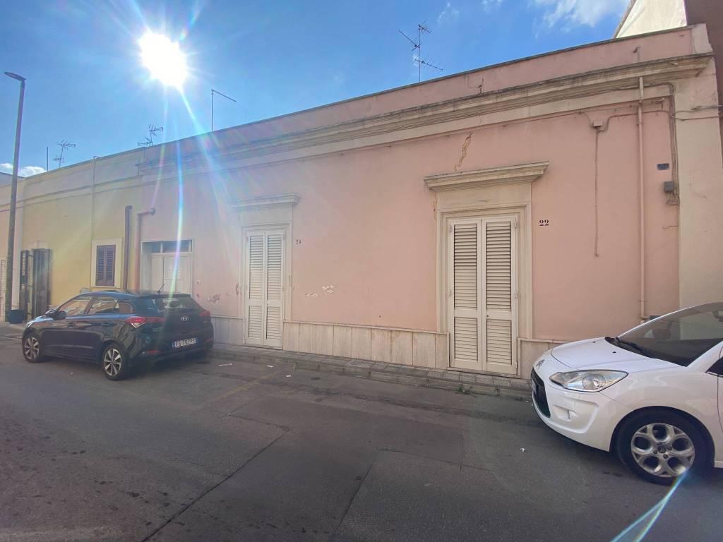 Appartamento in vendita a Veglie, 5 locali, prezzo € 89.000 | PortaleAgenzieImmobiliari.it