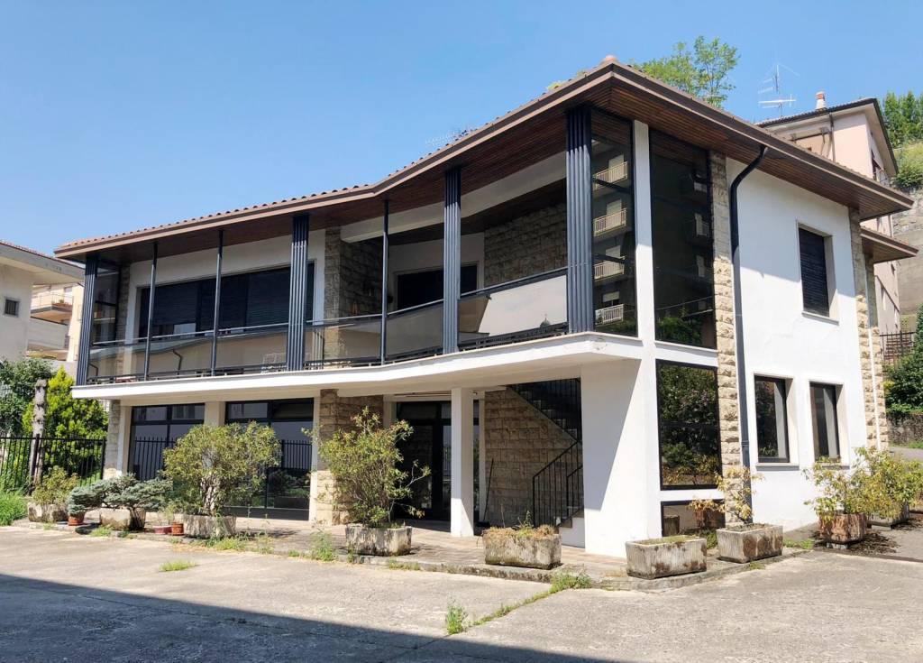 Villa in vendita a Leffe, 4 locali, prezzo € 139.000 | PortaleAgenzieImmobiliari.it