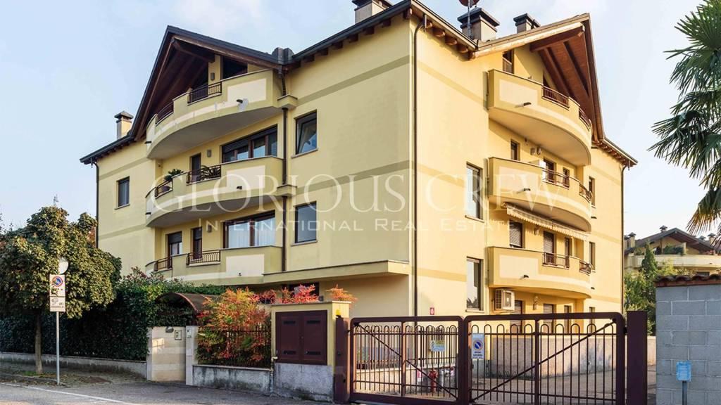 Appartamento in vendita a Santo Stefano Ticino, 10 locali, prezzo € 980.000 | PortaleAgenzieImmobiliari.it