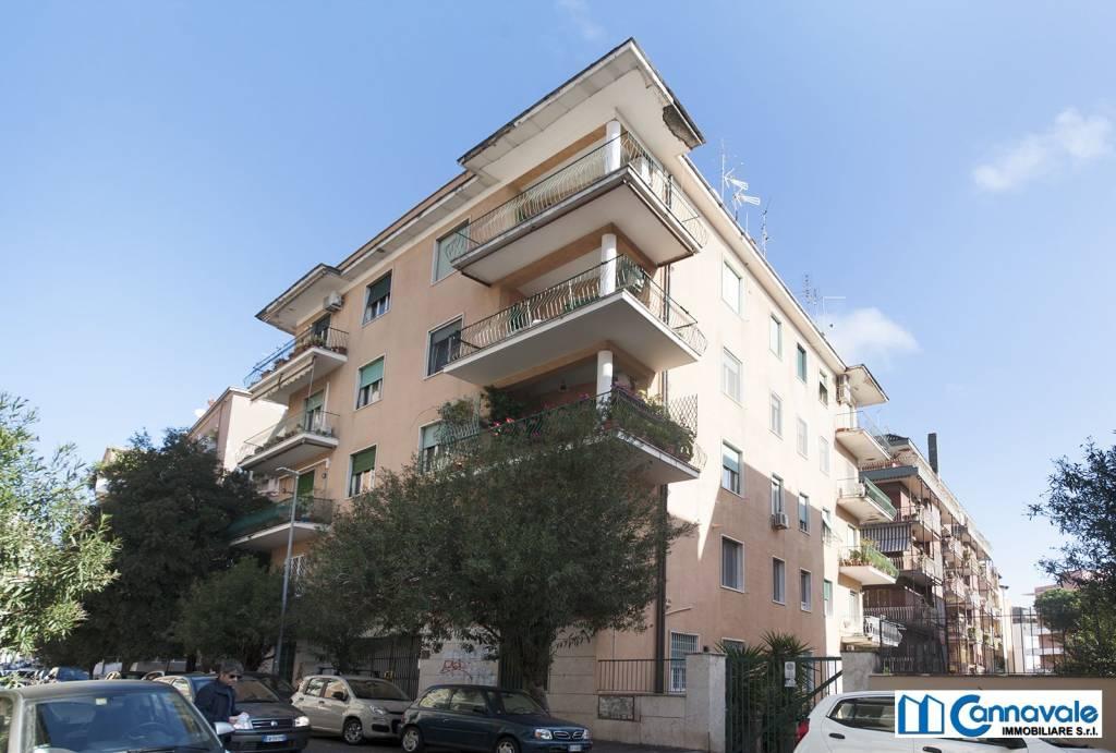 Appartamento in vendita a Roma, 6 locali, zona Zona: 3 . Trieste - Somalia - Salario, prezzo € 499.000 | CambioCasa.it