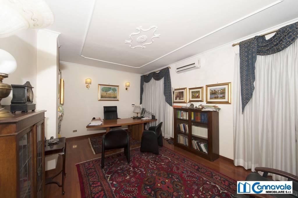 A Roma in Vendita Appartamento